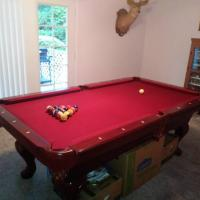 7' Greenleaf Pool Table