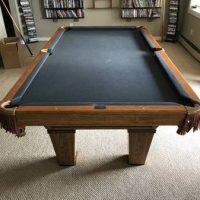Pool Table Oak / Brumswick Like New